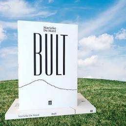 Uitgeverij Vrijdag: Bult - Marieke De Maré